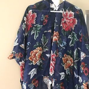 Tops - Floral Kimono